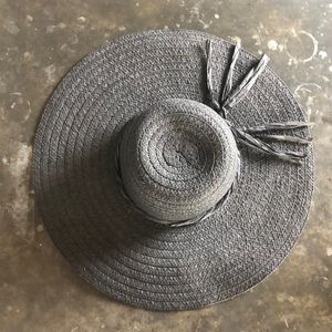 Oversized Floppy Black Straw Hat